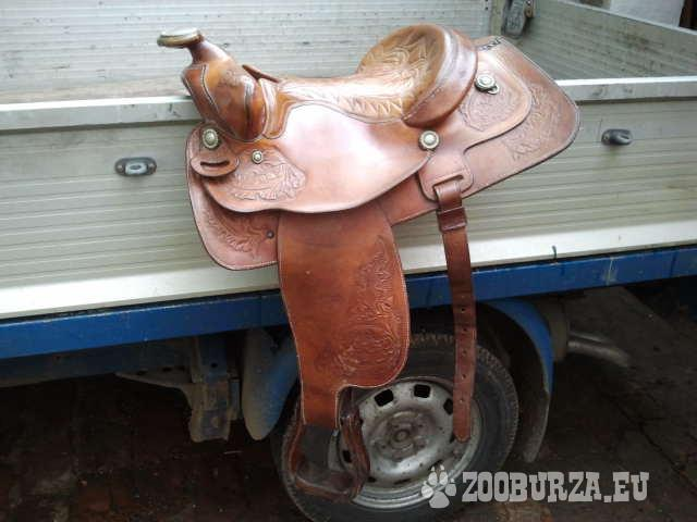 Westernové sedlo na koňa