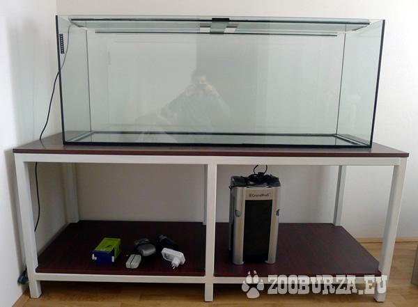 360L akvárium s príslušenstvom grátis