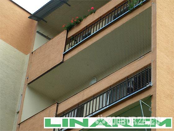 Montaż siatki ochronnej na balkon dla kota