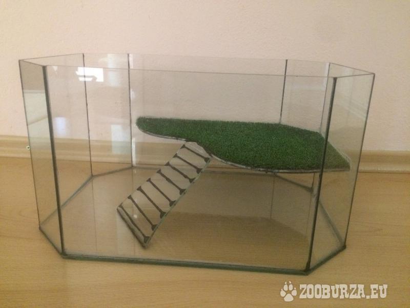Akvárium s ostrovčekom pre korytnačku